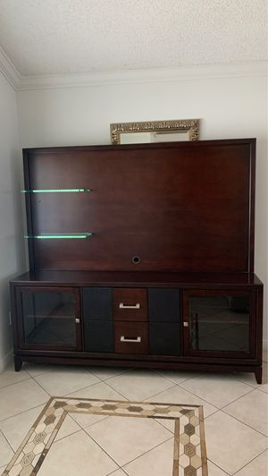 TV STAND Wood for Sale in Boca Raton, FL