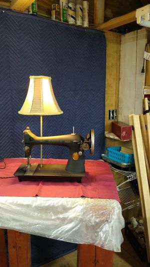 Antique Singer sewing machine lamp for Sale in Liberty, SC