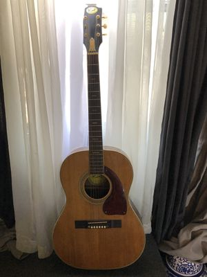 KENT ACOUSTIC GUITAR for Sale in Belmont, NC