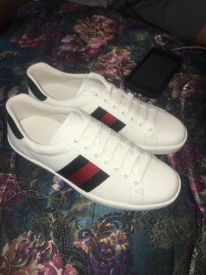 Gucci shoes men SZ 6.5 for Sale in Tacoma, WA