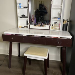 BEWISHOME Vanity Set with Mirror, Cushioned Stool, Storage Shelves, Makeup Organizer, 3 Drawers White Makeup Vanity Desk Dressing Table Price: 120 for Sale in Newark, NJ