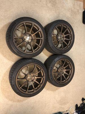 Volk Racing ZE40 bronze 18x10+39 with center cap for Sale in Los Angeles, CA