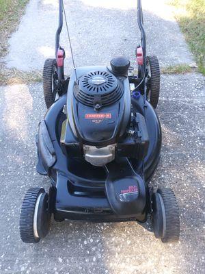 22 in Cut Craftsman self-propelled lawn mower for Sale in St. Petersburg, FL