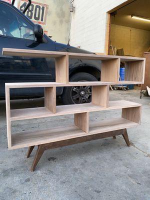 Small Book Shelf for Sale in Commerce, CA