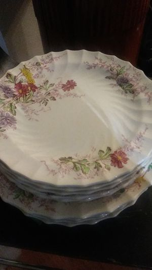 Fairy Dell bySPODE Set of 8 dinner plates And 6 luncheon plates for Sale in Campbell, CA