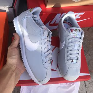 Nike authentic womens cortez Sz 6,6.5,9 new for Sale in Lynwood, CA