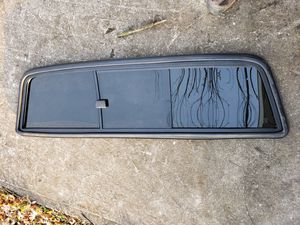 06 Toyota tacoma backglass slider for Sale in Beech Grove, IN