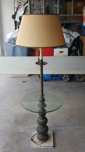 Floor stand lamp for Sale in Lehigh Acres, FL