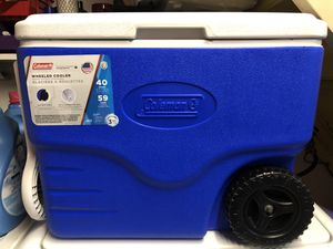 Coleman cooler with wheels for Sale in San Leandro, CA