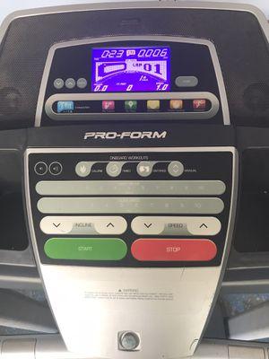 Treadmill Proform 505 CST for Sale in Grand Prairie, TX