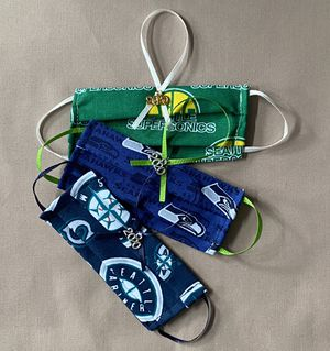 3 pack 2020 mini mask ornaments for Sale in Mukilteo, WA