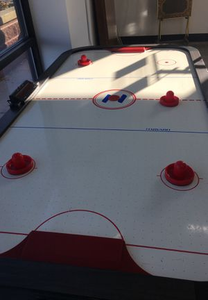 Air hockey game for Sale in Buffalo, NY