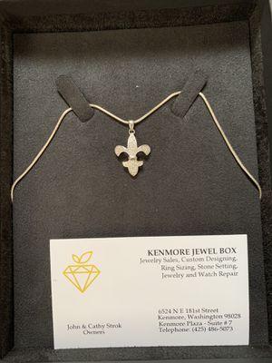 White gold Diamond necklace for Sale in Tacoma, WA