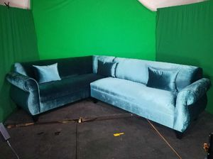 NEW 7X9FT VELVET PEACOCK FABRIC SECTIONAL COUCHES for Sale in Tulare, CA