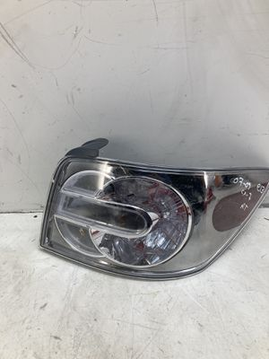 For 2007 2008 2009 Mazda CX-7 right passenger taillight lamp outer for Sale in Pomona, CA