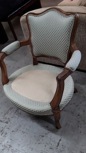 Beautiful antique chair only $25! for Sale in San Diego, CA
