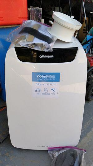 Olimpia splendid 14k btu a/c and heater for Sale in Modesto, CA