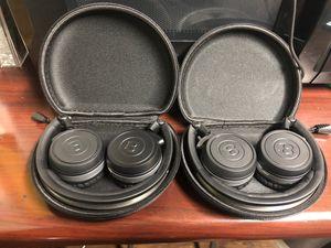 Bentley headphones for Sale in North Miami Beach, FL