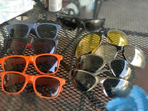 safety glasses and sunglasses for Sale in Chicago Ridge, IL
