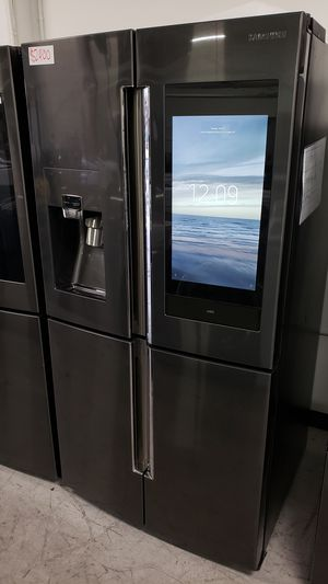 SAMSUNG SMARTHUB REFRIGERATOR COUNTER DEPTH FULL SIZE FREE DELIVERY AND WARRANTY for Sale in Garden Grove, CA