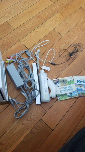 Wii white Nintendo combo pack like new for Sale in Los Angeles, CA
