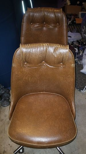 four office chair in good condition for Sale in Beltsville, MD