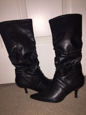 Size 7 1/2 Black Leather Boots for Sale in Houston, TX