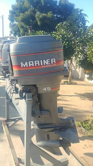 Outboard Motor Mariner for Sale in Bell Gardens, CA
