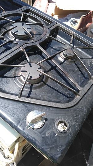 JENN -AIR GAS STOVE for Sale in Las Vegas, NV
