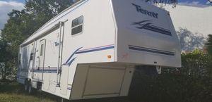 Terry travel trailer 5th wheel 34feet for Sale in Miami, FL