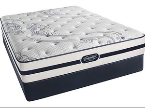Used queen mattress (bought less than a year) pick up by Thursday morning - good condition for Sale in Columbus, OH