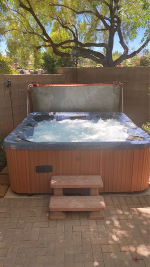[Price Reduced] HUGE Hydro Spa Hot Tub for Sale in Las Vegas, NV