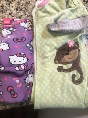 Lot of girl's size 6 pajamas for Sale in North Ridgeville, OH