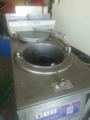 Pressure fryer for Sale in Sanger, CA