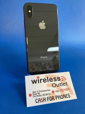 • Space Grey IPhone XR Factory Unlocked • Financing Available • for Sale in Las Vegas, NV