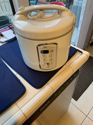 Rice cooker, Slow cooker, Food steamer for Sale in Glendora, CA