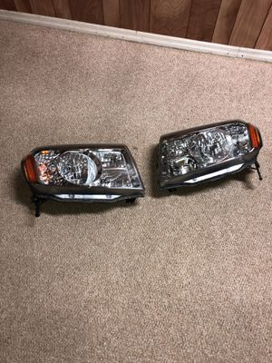 Honda Pilot 2009-2013 headlight for Sale in Silver Spring, MD