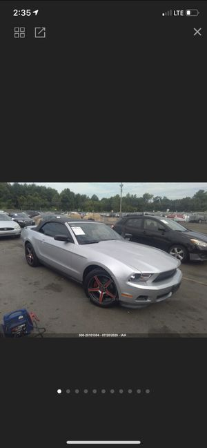 FORD MUSTANG CONVERTIBLE for Sale in The Bronx, NY