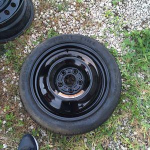 Nissan Altima Spare Tire 5 Lug for Sale in Miami, FL