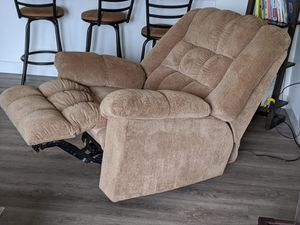 Recliner for Sale in Stamford, CT