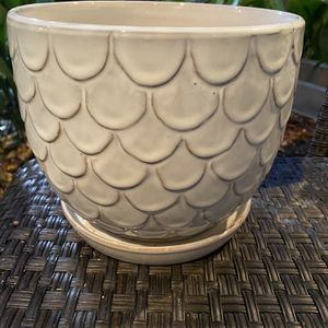 White Glazed Owl Design Terracotta Planter Pot With Drainage Saucer for Sale in Los Angeles, CA