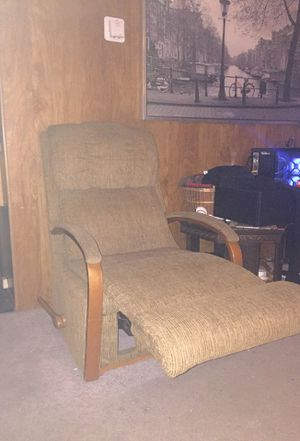Recliner Chair for Sale in Ravensdale, WA
