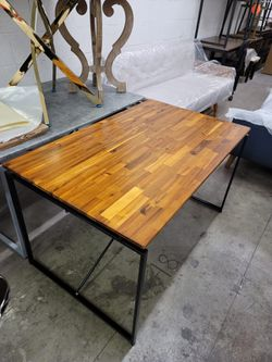Dining table/office desk/gaming table for Sale in Paradise,  NV