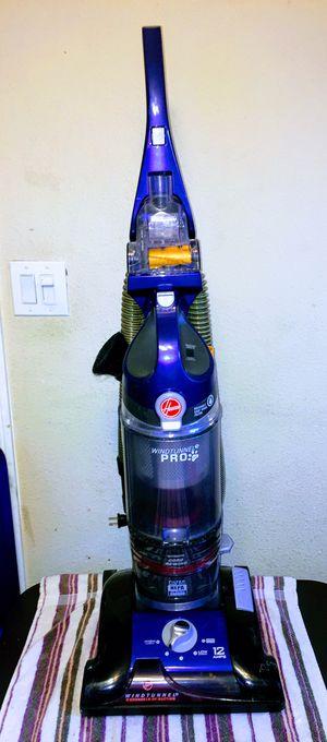 HOOVER WINDTUNNEL PRO PET3 VACUUM for Sale in San Bernardino, CA