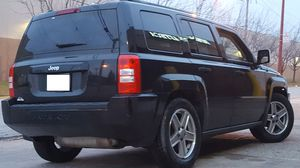 Awesome 4X4 Jeep Patriot on Black color.. 140k Miles CARFAX!! 4 CYL GAS SAVER for Sale in Chicago, IL
