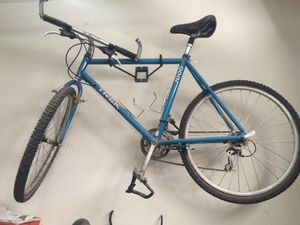 Mountin bike for Sale in Phoenix, AZ