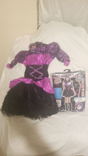 Monster high costume ages 8 to 10 for Sale in Moreno Valley, CA