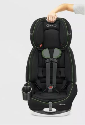 Graco Grows4Me 4-in-1 Convertible Car Seat for Sale in Hampton, GA