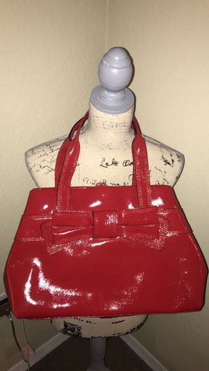 Kate Spade red patent leather purse for Sale in Tampa, FL