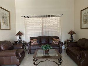 8 piece living room set El Dorado for Sale in Miami, FL